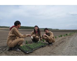「十勝ガールズ農場」の20代女子3人組が教えてくれる