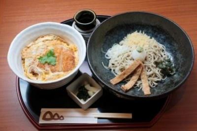 カツ丼定食¥890