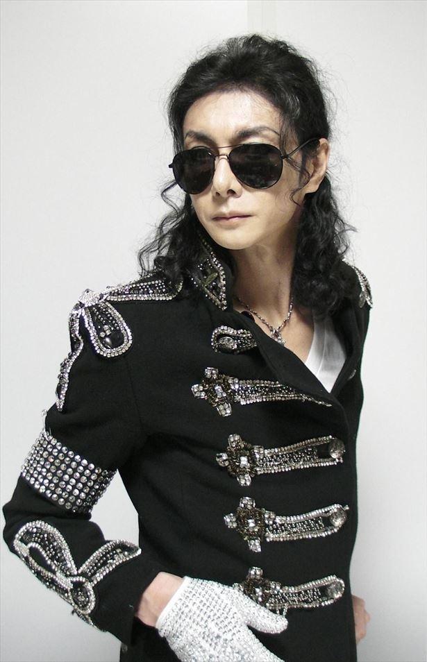 マイケル・ジャクソンのインパーソネーター、マイコーりょうさん