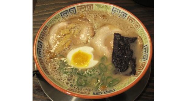 コクのある呼び戻しスープが特徴の昔ラーメン¥780