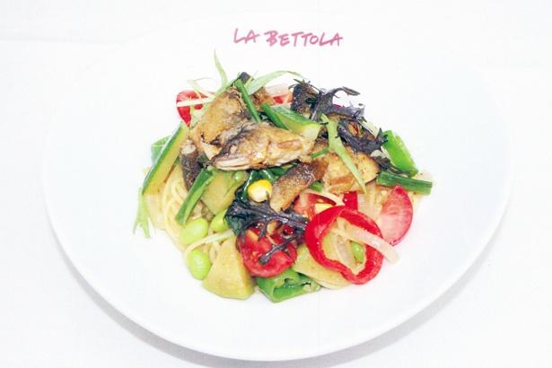 「ラ・ベットラ・ダ・オチアイ ナゴヤ」の「鮎のコンフィと夏野菜のスパゲッティ」