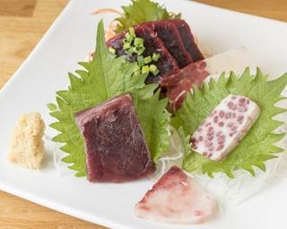 「酒菜亭 喜八」は、網走周辺で収穫された旬の素材を楽しめる