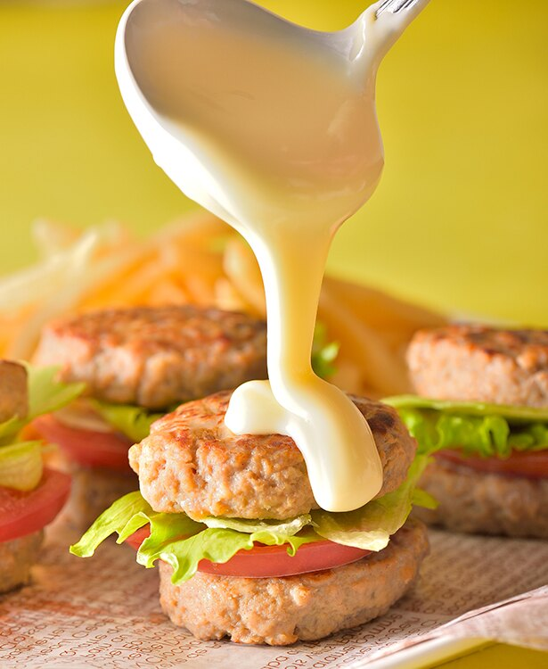 佐賀牛とろーりチーズの肉バーガー