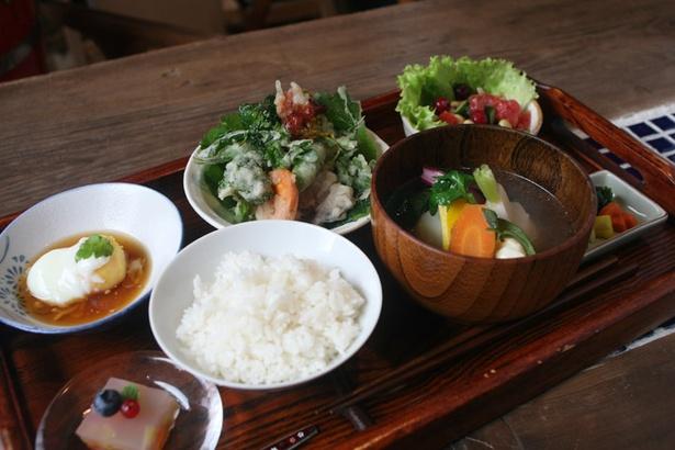 「どこか農場たまごカフェ」/ポトフ定食
