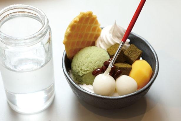 【写真を見る】白玉や小豆にニスを塗ればテカテカとよりリアルに!/でざいんぽけっと 京都タワーサンド店