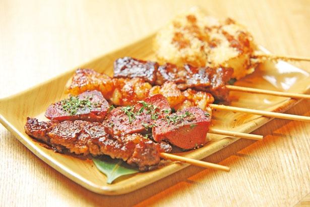 さまざまな部位がお得に味わえる、「おまかせ5串盛り」(980円)/京の焼肉処 弘 京都タワーサンド店