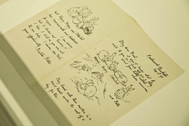 『ピーターラビットのおはなし』のもとになった、貴重な絵手紙は必見