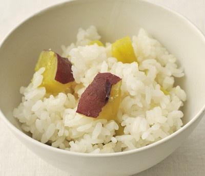 10のワザ全部見せます…【8】ご飯に芋を混ぜて炊く