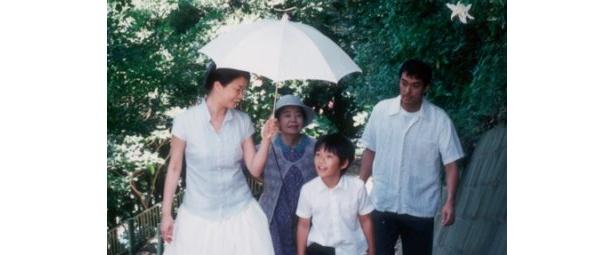 阿部寛、夏川結衣、YOU、高橋和也、樹木希林、原田芳雄らが出演した「歩いても 歩いても」