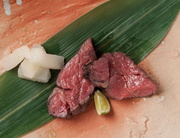 「国産フィレ(100g~)」(2300円)。鹿児島県産などの上質肉を使用/大衆肉食堂 スミニクオ