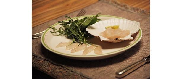 村に住むお妾さんに用意した甘鯛のカルパッチョ