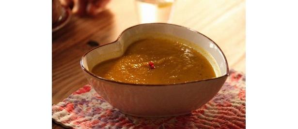 好きな相手と両思いになりたい桃と、その相手サトルに作ったジュテームスープ