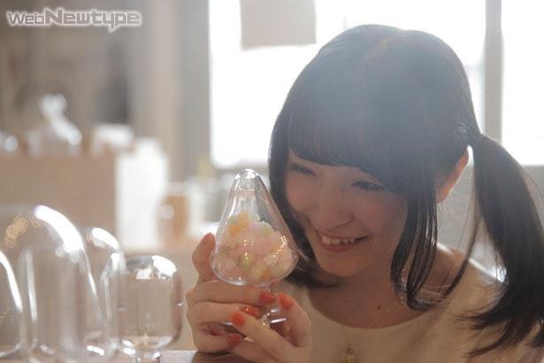 上田麗奈フォトコラム・澄んだガラスを通して見えた色