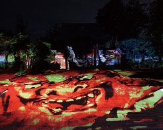 プロジェクションマッピングで砂波の庭園がアートな雰囲気に/高台寺