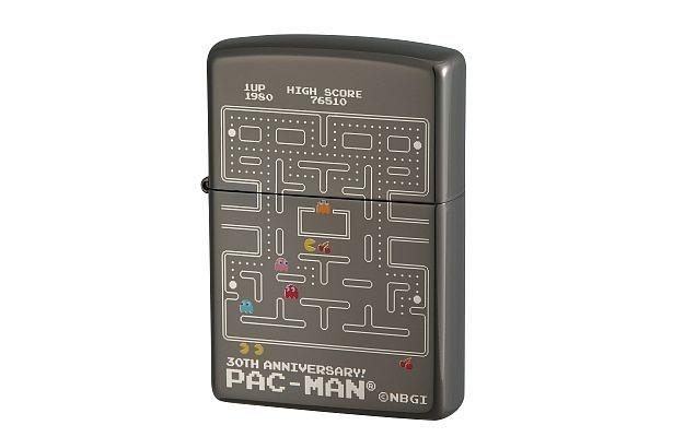 バンプレストより登場した「パックマンジッポーライター30周年アニバーサリーバージョン NO.1GAME」(1万500円)