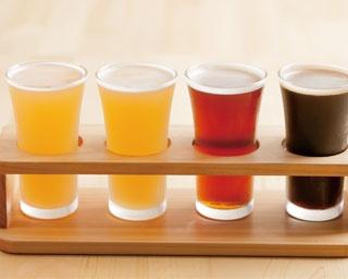 4種の違いを楽しめる、樽生クラフトビール飲み比べセット(1080円)/ICHI-YA