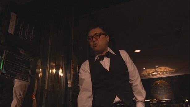 8月1日(火)放送の「僕たちがやりました」(毎週火夜9:00-9:54、フジ系)第3話に出演するとろサーモンも久保田和靖