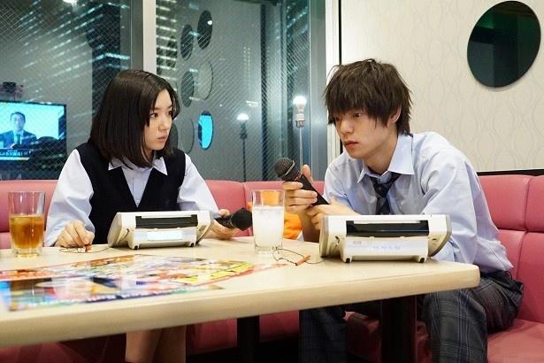 【写真を見る】「僕たちがやりました」では、窪田正孝と永野芽郁の実年齢11歳差の濃厚なキスシーンに、興奮する視聴者が続出!