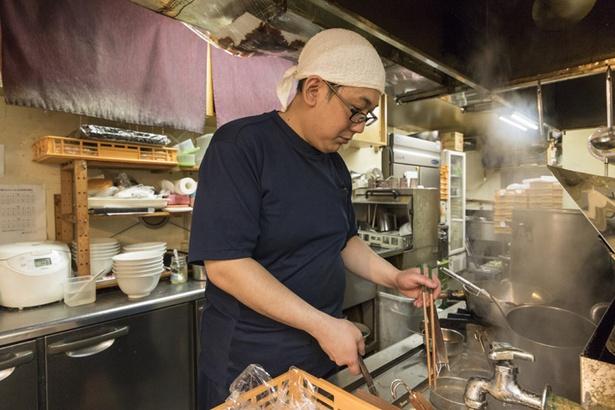 らーめんサッポロ 赤星/店長の出村範史さん