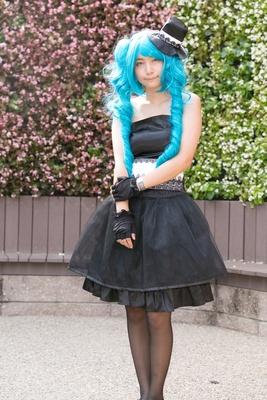 「VOCALOID」の初音ミク(magnet)に扮した美衣さん