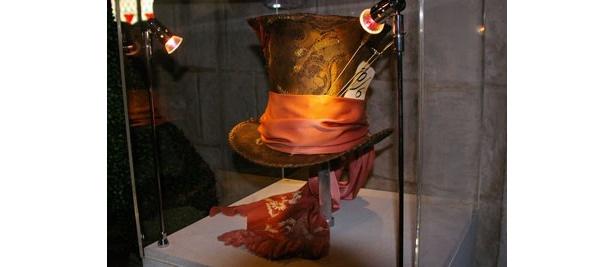 ジョニー・デップが被った、強烈な印象を放つ帽子