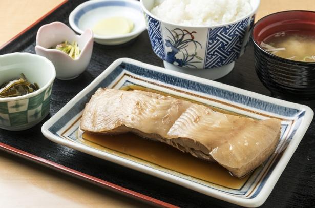 「サメガレイ定食」1300円