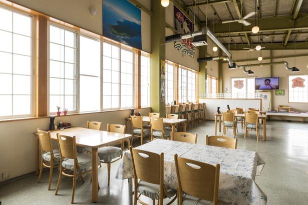 施設内の「知床食堂」がレストラン。テイクアウトもある