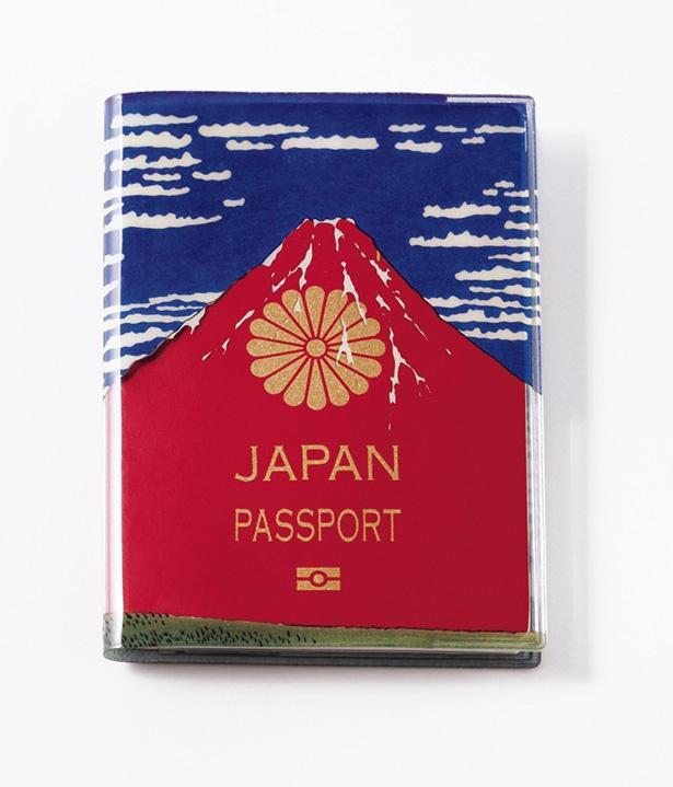 【写真を見る】江戸時代に描かれた日本の名作と一緒に海外へ