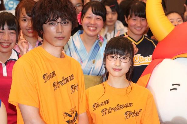 『トリガール!』のイベントに登壇した土屋太鳳と間宮祥太朗