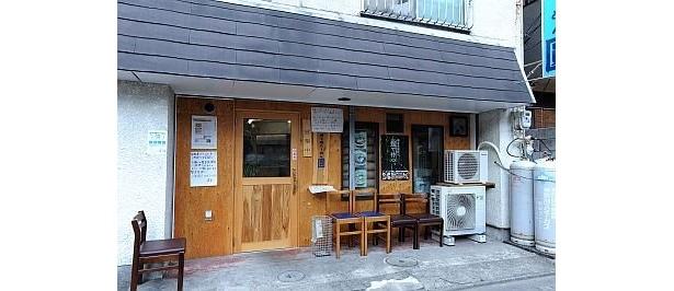 町田の人気店として名をはせた「勇次」が居を移して2009年5月に復活した「煮干鰮らーめん 圓」