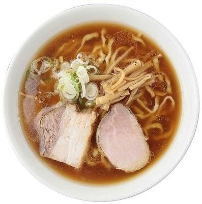 淡麗系を確立したパイオニアのひとつ、「麺や 七彩」の「醤油らーめん」(720円)。魚介が香る洗練された味わいで後味はさっぱり