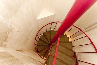 10階の内湯から屋上露天をつなぐらせん階段