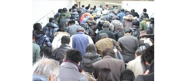 【有馬記念の様子はコチラ】中山競馬場に向かう道中から大混雑!