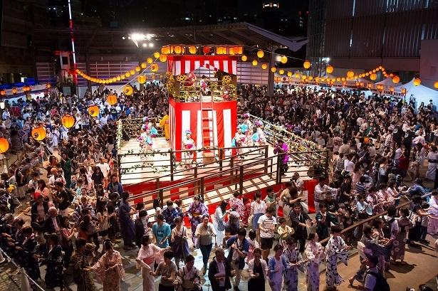 六本木ヒルズでは、8月25日(金)から27日(日)の3日間、「六本木ヒルズ盆踊り 2017」を開催する
