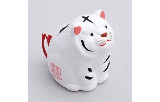 「白虎金運みくじ」(500円) 陶器製で部屋飾りにも◎