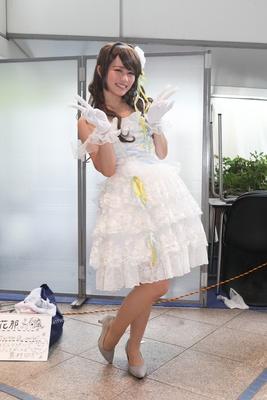 「アイドルマスターシンデレラガールズ」の島村卯月に扮した花那さん