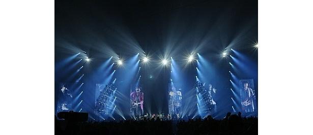 全国5か所11公演行われたドームツアーでは45万人を動員。Mr.Childrenの活躍は終わらない!