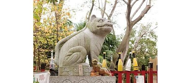 大江神社の「狛虎」