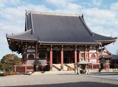 池上本門寺の昨年の人出は約15万人。厄除けにご利益がある