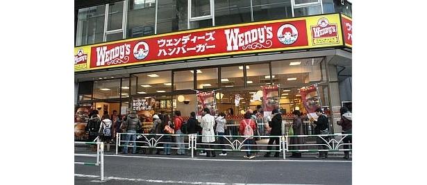 約40人が列を成していたランチ時のウェンディーズ渋谷店