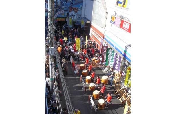 藤塚太鼓の演奏