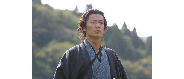 """「龍馬伝」で""""新しい龍馬像""""を演じるのは、シンガーソングライターとしても活躍する福山雅治"""