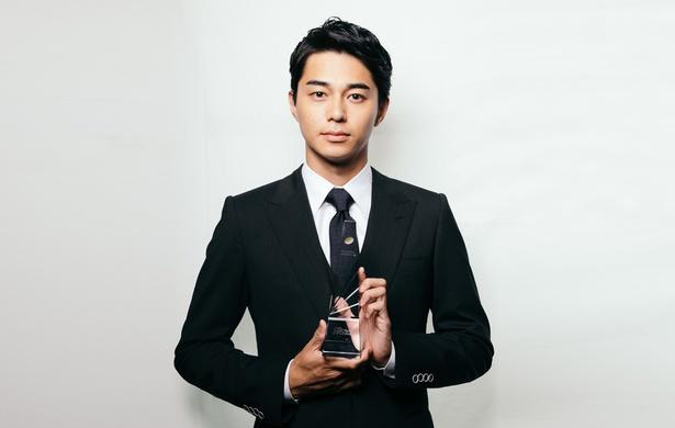 最優秀助演男優賞を受賞した東出昌大