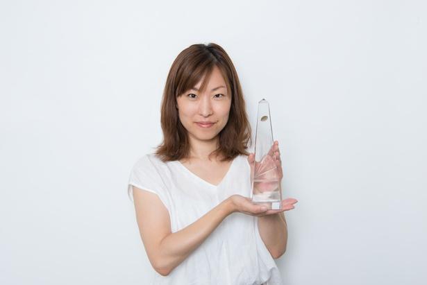 最優秀作品賞を受賞した「リバース」の新井順子プロデューサー
