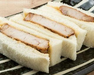 新千歳空港国内線搭乗ゲート内「北海道食堂」に、「ドライブインいとう 豚丼専門店豚丼名人」がオープン