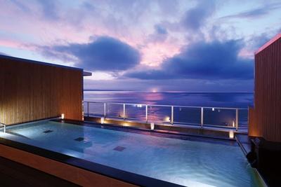 「別府ホテル 清風」が九州2施設目となる大江戸温泉物語としてリニューアルオープン。別府湾を望むロケーションに、屋上露天風呂、大浴場を新設