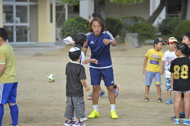 8月25日(金)には「元日本代表北澤豪が教えるFOOTサッカースクール」が開催
