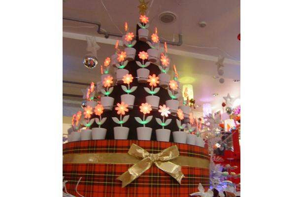 フラワーロック2.0でできたクリスマスツリー