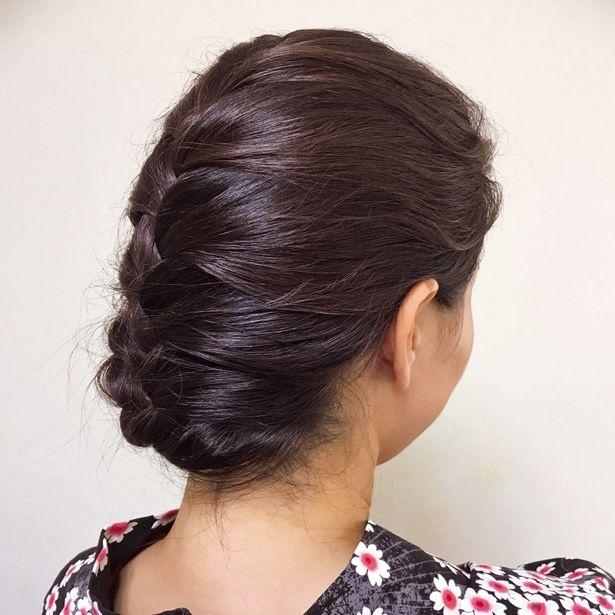 【写真を見る】橋本マナミさんおすすめのヘアアレンジ