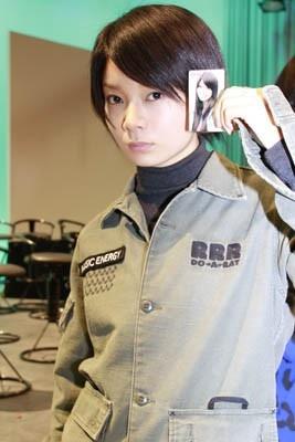 ドラマが決まって、髪を30cm切った女優の森カンナ